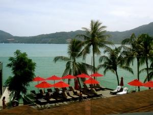 Amari Resort - seaside rooms and pool